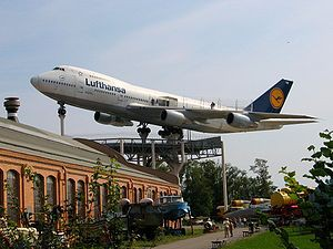 300px-Speyer_Technical_Museum_LH_747